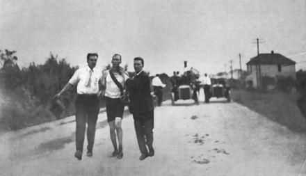 Thomas Hicks running the marathon at the 1904 Summer Olympics