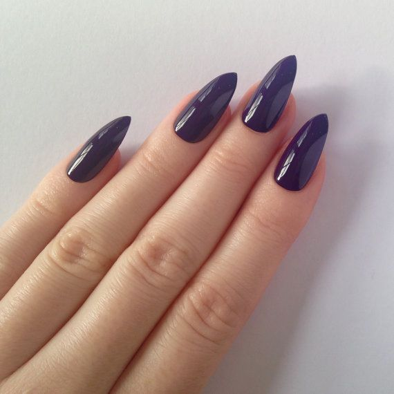 PLEASE NOTE Each set contains 20 false nails. Nails are in sizes 0 – 9 For bulk and wholesale orders please contact me. I give 10%