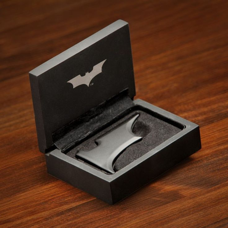 Best 35 Money Clips for Men ... e841_batman_money_clip_package └▶ └▶ http://www.pouted.com/?p=33336