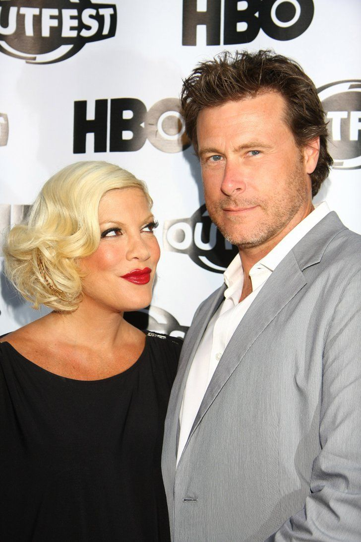 Pin for Later: Celebrities Who Pulled Off Secret Weddings Tori Spelling and Dean McDermott Tori Spelling and Dean McDermott eloped on a private island in Fiji in 2006.