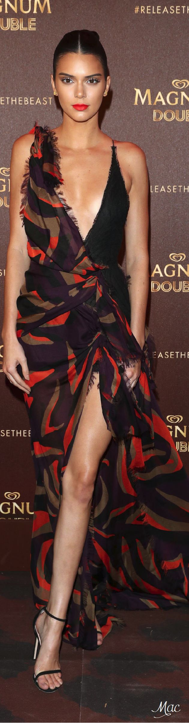 Cannes 2016: Kendall Jenner in Versace