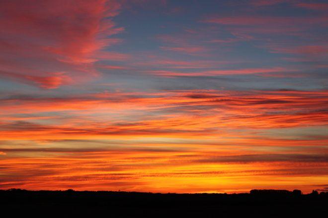 Praire Sunset Posted by: Haley Tratch Canora, Saskatchewan Shot: March 5, 2013