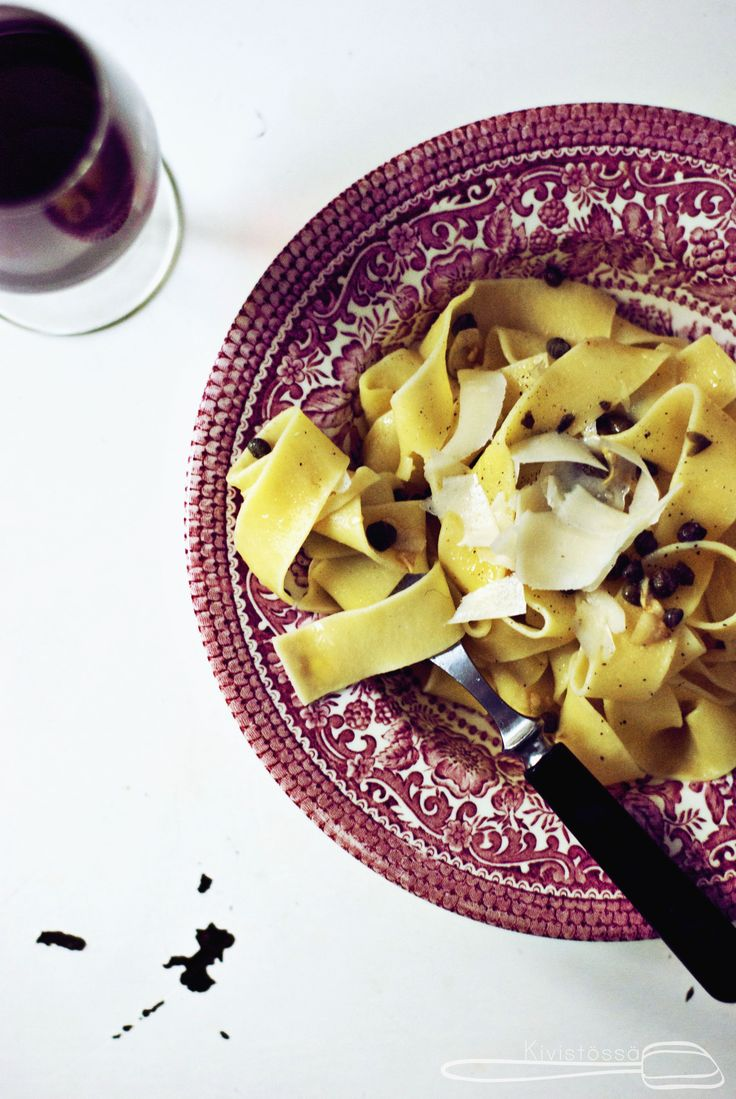 Pasta with capers and lemon. Easy and delish! www.kivistossa.com