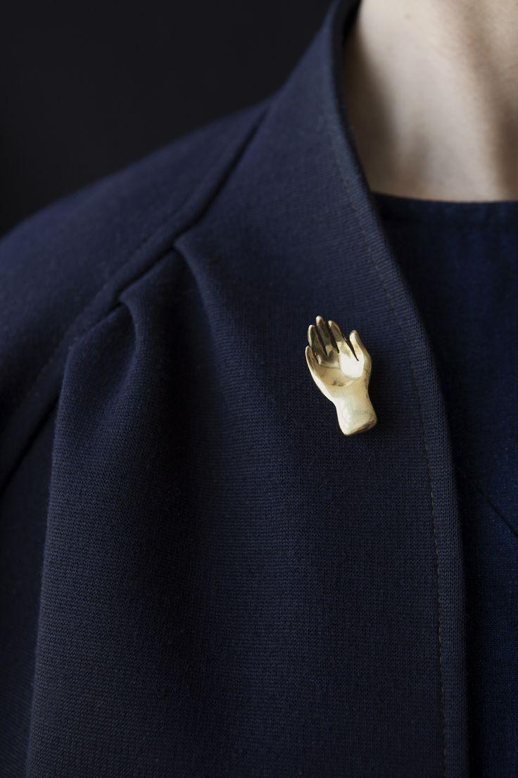 gold hand pin
