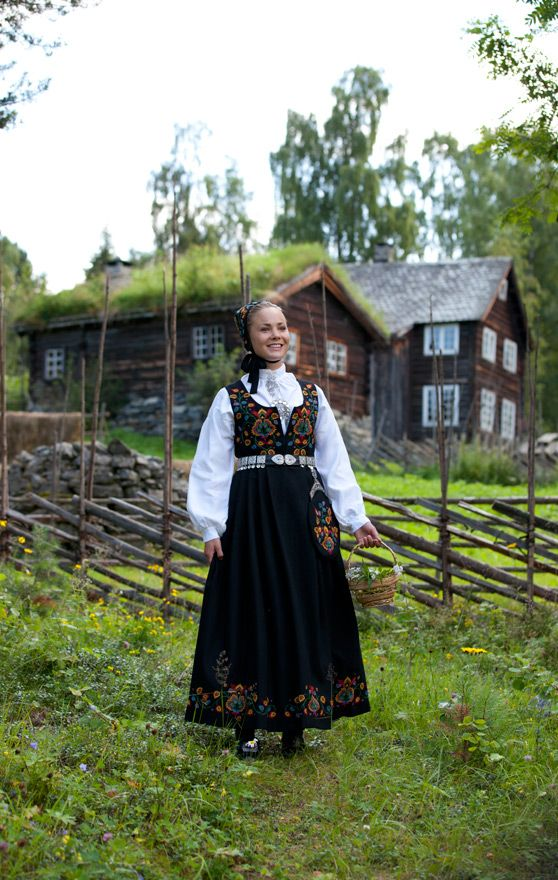 "Text and photo Laila Duran ©    The ""Old Valdres Bunad"" is one of the first embroidered bunads designed in 1914. The motif was copied from a bonnet dated the middle of the 19th century."