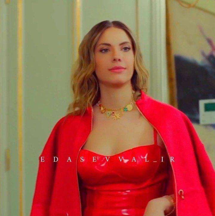 Ender Yildiz On Instagram Lady In Red Eda Ece Yasakelma Yasakelmafox Nesrincevadzade Sevdaerginci Edaece Eda Lady In Red Fashion Lady