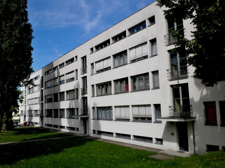17 best images about mies van der rohe on pinterest for Villas weissenhofsiedlung