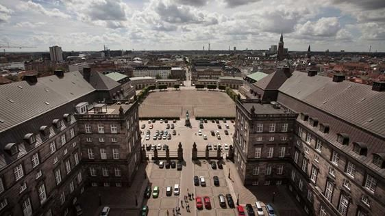 © David Kahr  With its 106 metres, the Christiansborg Palace tower is the highest tower in Copenhagen, and it offers a magnificent view of the city's rooftops. It is free to access the tower.