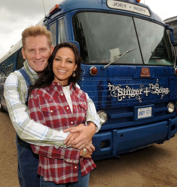 Joey and Rory Feek's Valentine's Day Plans Are a Testament to the Power of True Love  - CountryLiving.com