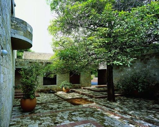 Casa de huéspedes Rogelio Salmona