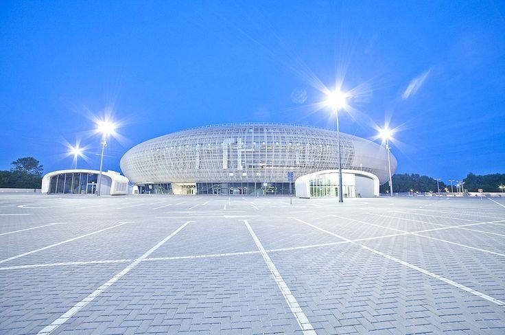 Realizacja oświetlona przez ES-SYSTEM - hala widowiskowo-sportowa - Tauron Arena