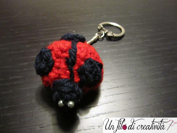 Portachiavi  Coccinella fatta a mano all'unicnetto. - Keychain crochet handmade ladybug