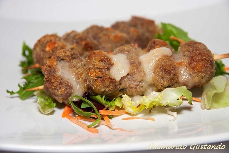 Involtini di carne alla messinese
