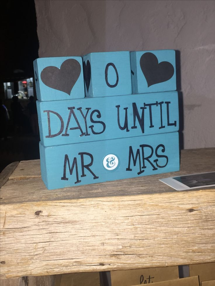 Count down. Wedding decoration.
