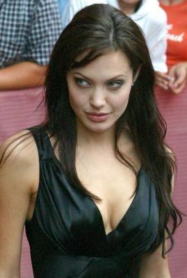 El harén de Angelina Jolie - La Razón digital