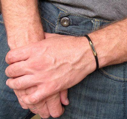 Кожаный браслет для мужчин. Регулируемый браслет в стиле унисекс.
