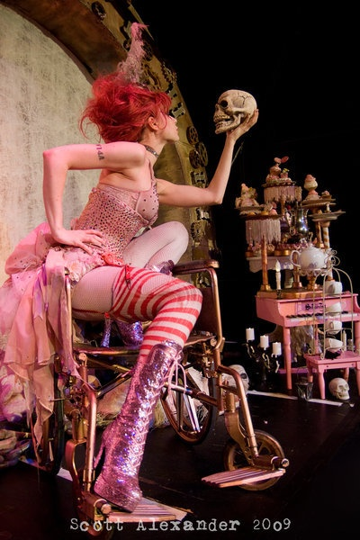Oh my gosh I listened to emilie autumn religiously my first two years of high school and went to see her as my first concert. I cant believe she just popped up on pinterest