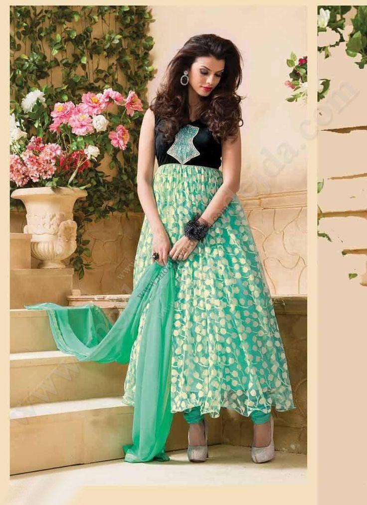 Аквамариновое длинное платье без рукавов