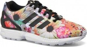 Deze adidas Originals  sneakers  met bloemenprint vind je nu via Aldoor in de uitverkoop #mode #dames #vrouwen #schoenen #sneakers #adidas #bloemen #floral #shoes #women #sale