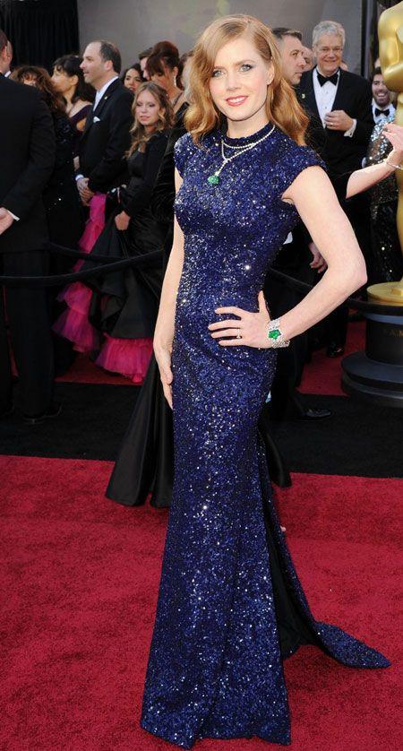 Look At The Best Dresses Actress Oscar 2011 | Weird Hut
