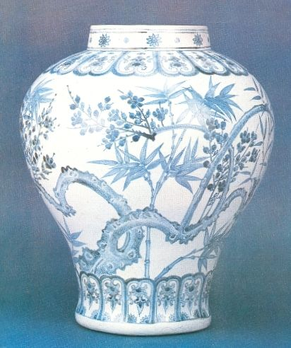 http://upload.wikimedia.org/wikipedia/commons/1/1c/Joseon_Blue_and_white_porcelain_jar_2.jpg Porcelain Blue and White Jar, Joseon dynasty, 15th century, Korea
