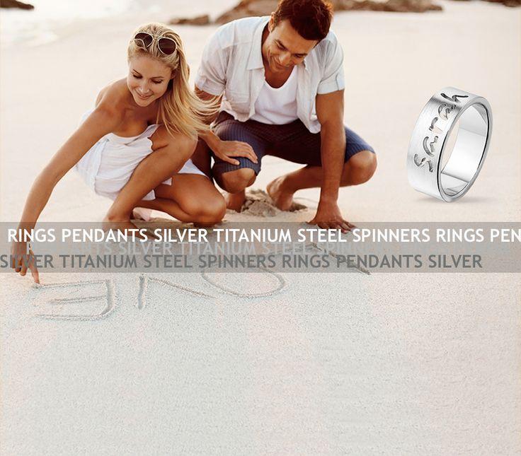 Tresorilta löytyy upeita päälikaiverrettuja hopeasormuksia! Kuvassa leveydeltään 8mm. Maksimi 15 merkkiä. I Tresor has fabulous message rings! 8mm and maximum 15 characters.