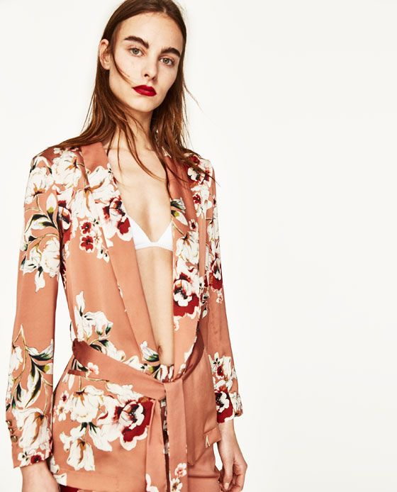 Image 2 of FLORAL PRINTED BLAZER from Zara