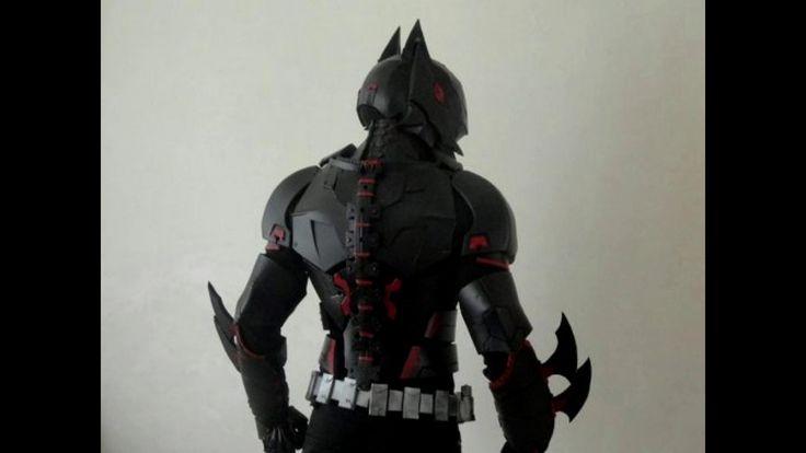 Самодельный костюм Бэтмена вдохновлённый мультсериалом Бэтмен будущего