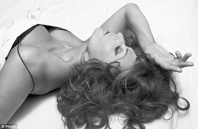 Strike a pose: Sophia Loren's sultry photograph for the 2007 Pirelli calendar