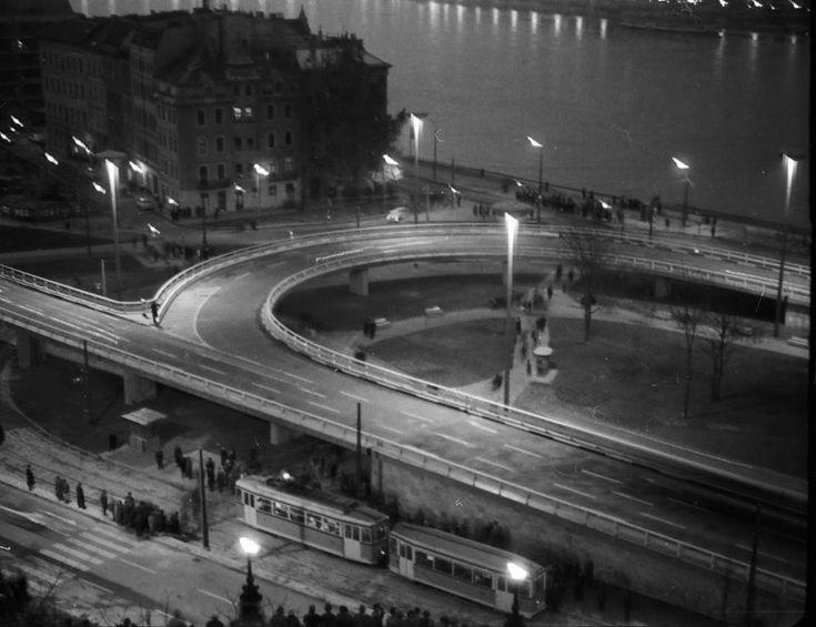 Budapest Döbrentei tér