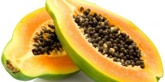 Papaya: proprietà, benefici e controindicazioni. Scopri le proprietà della #papaya, i benefici per la #salute, i valori nutrizionali, le calorie, le controindicazioni e gli effetti collaterali. #alimentazione #frutta