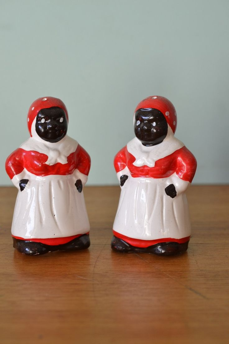 Vintage Rising mammy black salt and pepper shakers - Funky Flamingo