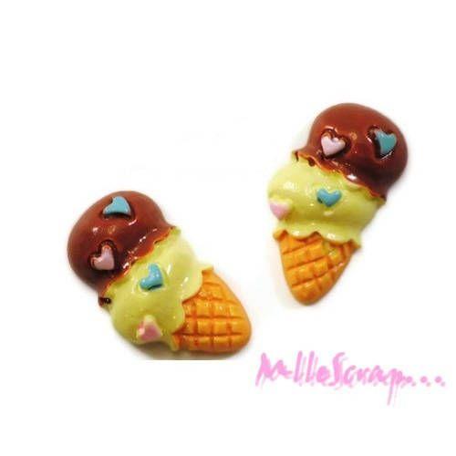 Lot de 2 glaces vanille chocolat résine embellissement scrapbooking* de la boutique MademoiselleScrap sur Etsy