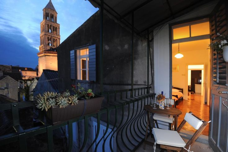 The Heart of Palace Apartment Video : Hotel Review and Videos : Split, Croatia - http://all-hotels.in/the-heart-of-palace-apartment-video-hotel-review-and-videos-split-croatia.html