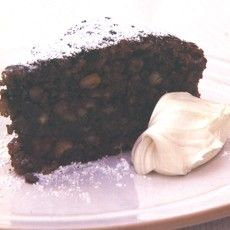 Truly delish. It's nothing like any cake you know. This is pure decadence: velvety chocolate, crunchy nuts, citrus zing and a warm cosy hug of brandy....