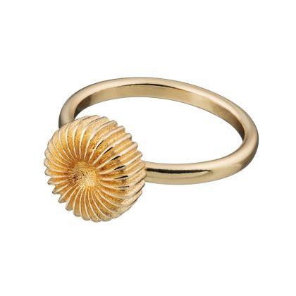 Kalevala Koru / Kalevala Jewelry / Pyörre-sormus / SWIRL / Designer: Vesa Nilsson / Material: bronze also available in silver