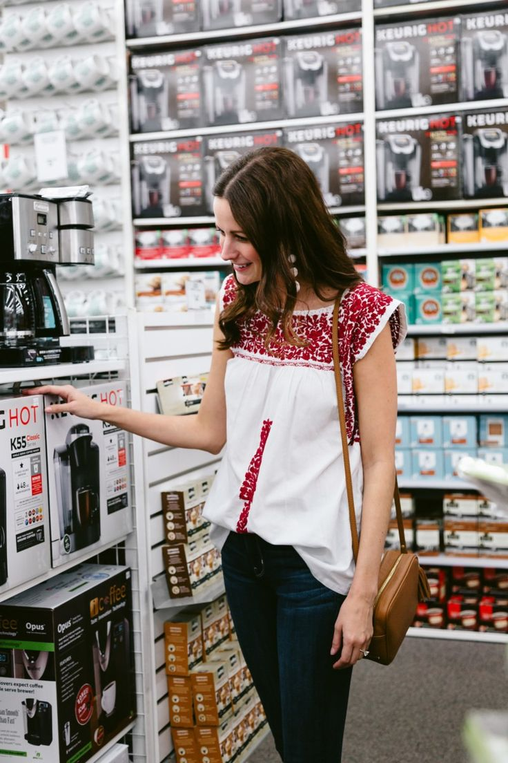 Dyson vacuum cleaners at bed bath and beyond - Amanda Miller Looking At Keurig Machines At Bed Bath Beyond To Add To Her Wedding