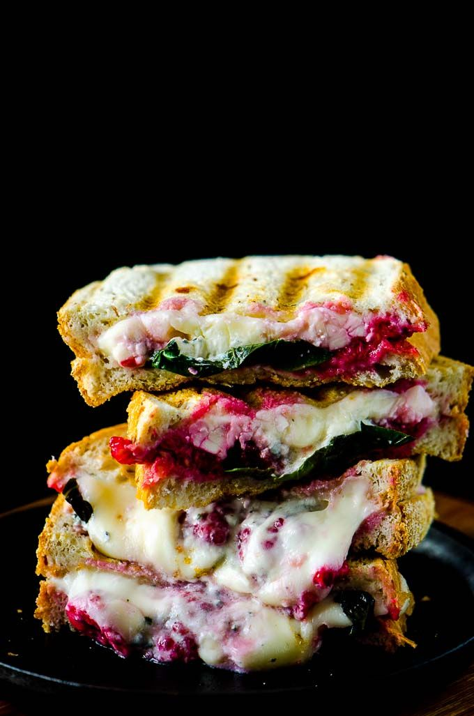 This grilled blue cheese sandwich has lots of flavour power from raspberries and basil and it a quick and easy meal.