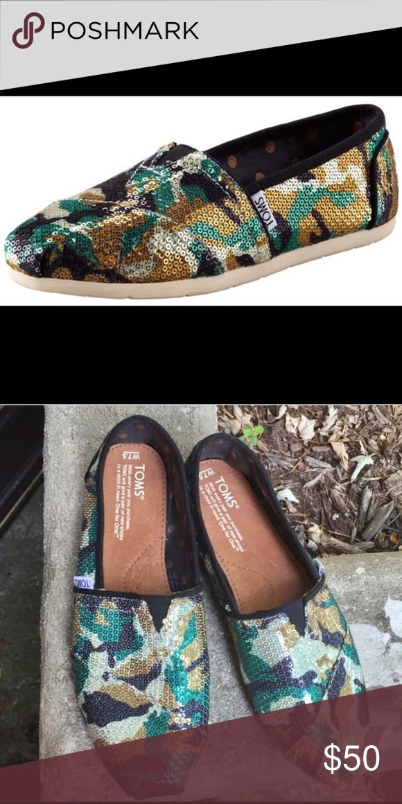 Camouflage Toms Easily Slip on. very comfy. TOMS Shoes
