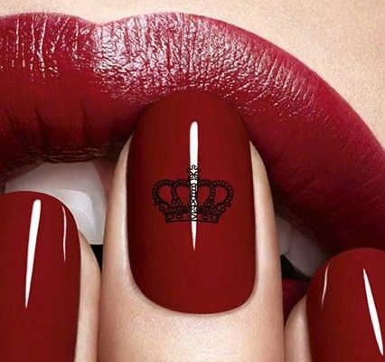 love this. miss beauty is art on the nail?