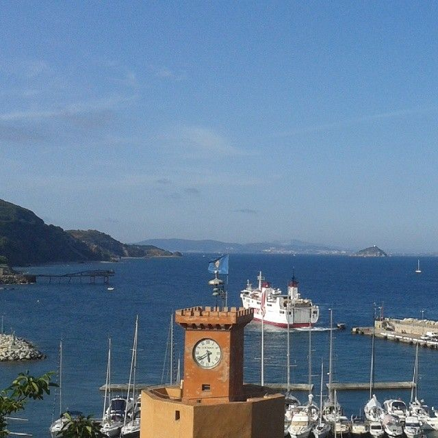 #ShareIG Terrazza #TorredegliAppiani  #RioMarina #Elba #isoladelba #Lacostachebrilla #Elbadellemeraviglie #Elbadascoprire