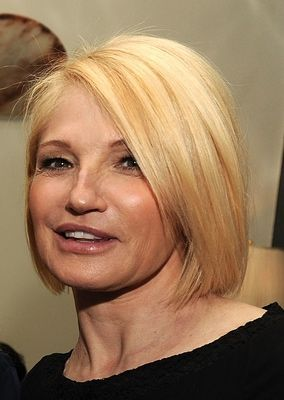 Hairstyles for Women Over Age 50: Older Woman Hairstyles, Bobs Hairstyles, Hair Cut, Gorgeous Hairstyles, Ellen Barkin, Bobs Cut, Shorts Hair Style, Medium Hairstyles, Shorts Hairstyles