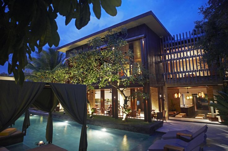 Set in a prime location of Bali, The Elysian Boutique Villa Hotel puts everything the city has to offer just outside your doorstep. The property features a wide range of facilities to make your stay a pleasant experience. All the necessary facilities, including room service, shops, bar/pub, babysitting, valet parking, are at hand.