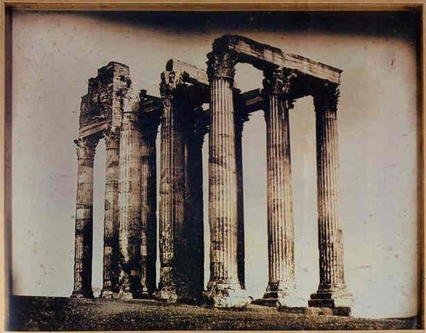 Ο ναός του Ολυμπίου Διός. Η ακριβότερη φωτογραφία που πωλήθηκε ποτέ. Josepf-Filibert Girault de Prangey. Πηγή: www.lifo.gr