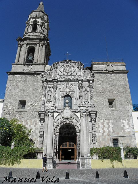 Templo de Nuestra Señora del Rosario, Aguascalientes (Church of Our Lady of the Rosary). Built in 1674, the church originally was named the Capilla de La Merced (Mercy Chapel). In 1906, the temple and attached convent passed to the Domincan Order and they changed the name, but people continue to call it La Merced.
