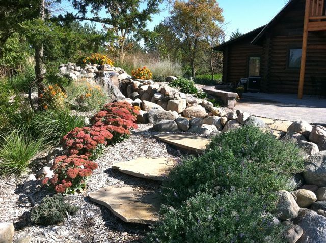 Flagstone Steps Add A Natural Feel For A Cabin Landscape