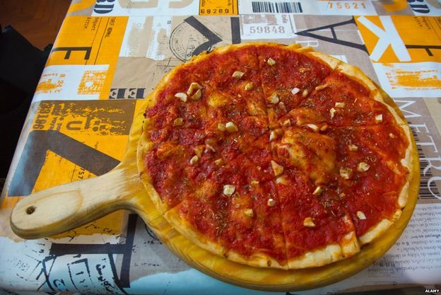 Why pizza marinara CANNOT have cheese - As an Italian, I have to share!