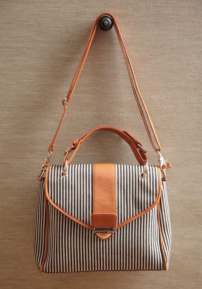 Summer Satchel: Crui Satchel, Shoulder Bags, Crui Summer, Summer Cruises, Travel Bags, Cute Summer Outfit, Summer Bags, Black Stripes, Vintage Purses