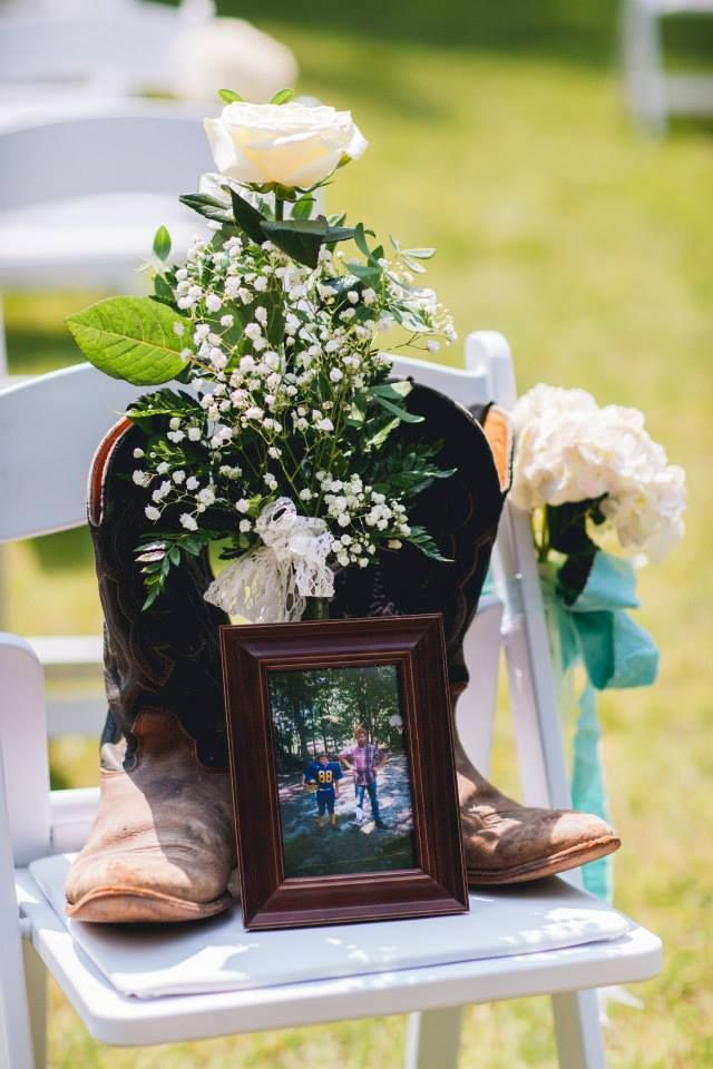 Best 25+ Memorial At Wedding Ideas On Pinterest | Memory Tables At Weddings
