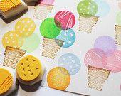 set timbro di gelato. timbro di gomma del cono gelato intagliato a mano. progetti di artigianato compleanno/estate. realizzazione di scrapbooking/art journal. set di 4